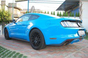 Noleggio Auto Scafati Ford Mustang 4